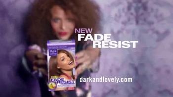 Dark and Lovely Fade Resist TV Spot, 'Head Turning' - Thumbnail 10