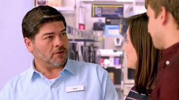Rent-A-Center Venta de Invierno TV Spot, 'Precios están bajando' [Spanish] - Thumbnail 2