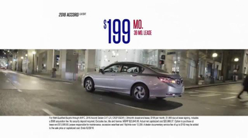 Honda Presidents' Day Sales Event TV Spot, 'Hundreds of Hondas' - Thumbnail 6