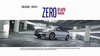 Honda Presidents' Day Sales Event TV Spot, 'Hundreds of Hondas' - Thumbnail 8