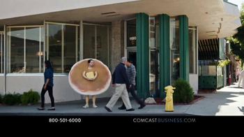 Comcast Business WiFi Pro TV Spot, 'Hotcakes' - Thumbnail 2