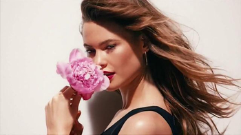 Juicy Couture I Am Juicy Couture TV Spot, 'Not Subtle' Ft. Behati Prinsloo - Thumbnail 1