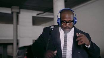 Beats Studio Wireless TV Spot, 'Underdog: Von Miller' Song by Travis Scott - Thumbnail 3