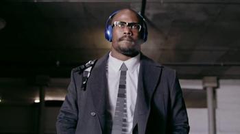 Beats Studio Wireless TV Spot, 'Underdog: Von Miller' Song by Travis Scott - Thumbnail 8