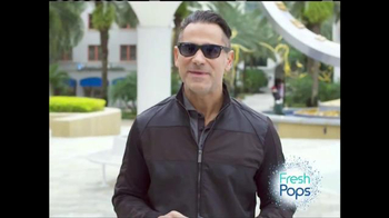 Fresh Pops TV Spot, 'Feel the Crackle of Fresh Breath' - Thumbnail 6
