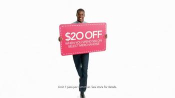 Macy's One Day Sale TV Spot, 'Savings Pass & Plenti' - Thumbnail 4