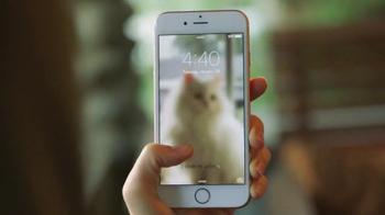 Apple iPhone 6s TV Spot, 'Live Photos' - Thumbnail 2