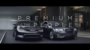 Chrysler 200 & 300 TV Spot, 'American-est' - Thumbnail 9