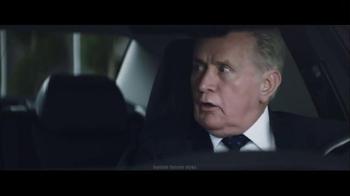 Chrysler 200 & 300 TV Spot, 'American-est' - Thumbnail 6