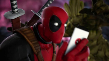 Marvel Contest of Champions TV Spot, 'Who's on Your Team?: Deadpool Selfie' - Thumbnail 8