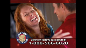 Vermont Teddy Bear Big Hunka Love Bear TV Spot, 'Pile of Awesomeness' - Thumbnail 3