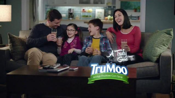 TruMoo Calcium Plus Chocolate Milk TV Spot, 'Movie Night' - Thumbnail 7