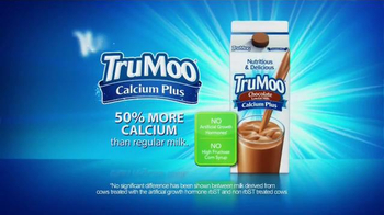 TruMoo Calcium Plus Chocolate Milk TV Spot, 'Movie Night' - Thumbnail 8