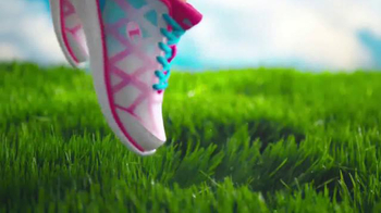 Payless Shoe Source Champion Athletic Sale TV Spot, 'Kick Up Some Color' - Thumbnail 4