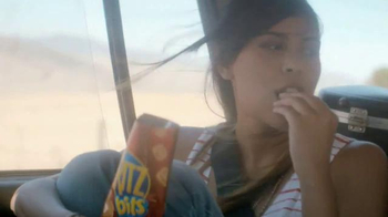 Ritz Crackers TV Spot, 'La vida es rica' [Spanish] - Thumbnail 6