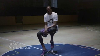 BBVA Compass TV Spot, 'Bright Futures: Dare to Be You' Feat. Kevin Durant - Thumbnail 4