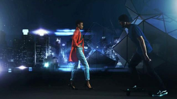 Fitbit Alta TV Spot, 'Entertainment Network' - Thumbnail 2