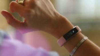 Fitbit Alta TV Spot, 'Entertainment Network' - Thumbnail 6