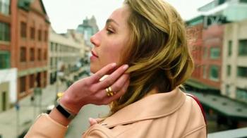 Fitbit Alta TV Spot, 'Entertainment Network' - Thumbnail 7