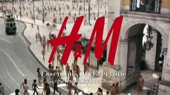 H&M TV Spot, 'Modern Essentials Selected by David Beckham: Spring 2016' - Thumbnail 10