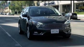 Ford Focus TV Spot, 'April llega más lejos' [Spanish] - Thumbnail 10
