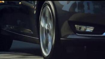 Ford Focus TV Spot, 'April llega más lejos' [Spanish] - Thumbnail 8