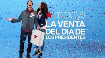 Macy's La Venta del Día de Presidentes TV Spot, 'Pase de Ahorros' [Spanish] - Thumbnail 2