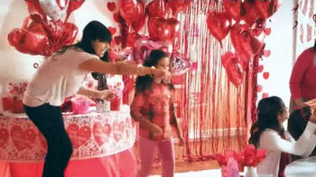 Party City TV Spot, 'Valentine's Day Favors' - Thumbnail 2