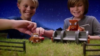 Disney Pixar Cars Chase and Change Frank TV Spot, 'Color Change Fun'