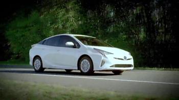 Toyota 2016 Prius TV Spot, 'Live Well' - Thumbnail 2