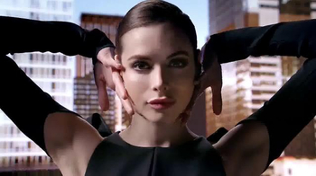 Maybelline New York Master Contour Palette TV Spot, 'Happening Now'