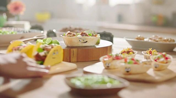 Old El Paso TV Spot, 'Around the Table' - Thumbnail 8