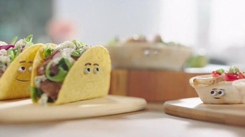 Old El Paso TV Spot, 'Around the Table' - Thumbnail 9