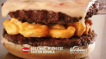 Red Robin Cheese Lover's Lineup TV Spot, 'Antojos de queso' [Spanish] - Thumbnail 2