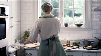 Marie Callender's Fettuccine TV Spot, 'Turn Dinnertime Into Bonding Time' - Thumbnail 2