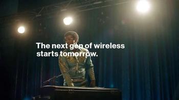 Verizon TV Spot, 'The Best Network Just Got Better' Featuring Jamie Foxx - Thumbnail 9