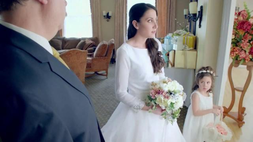 Vicks DayQuil Severe TV Commercial, 'Wedding Day'