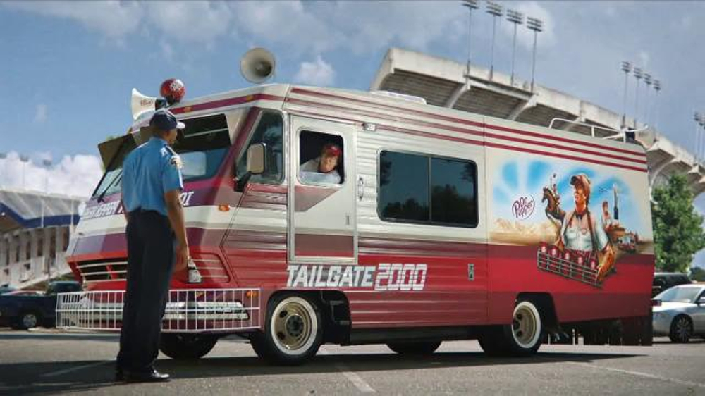 Dr Pepper TV Commercial, 'College Football: Presenting the Tailgate 2000'
