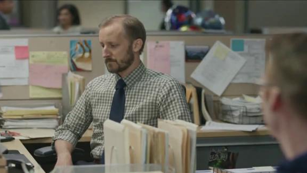 Yahoo! Fantasy Football TV Commercial, 'Gloat With Your Boss, Part One'