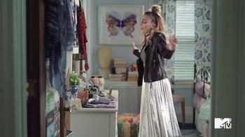 GEICO TV Spot, 'MTV: Bedroom' Song by Daya - Thumbnail 3