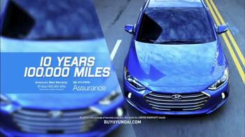 Hyundai Summer Clearance Event TV Spot, 'Final Days: Elantra SE' - Thumbnail 6