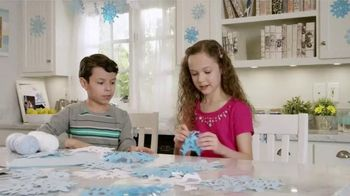 Kid Cuisine Snowstorm Popcorn Chicken TV Spot, 'Paper Snowflakes' - 3042 commercial airings