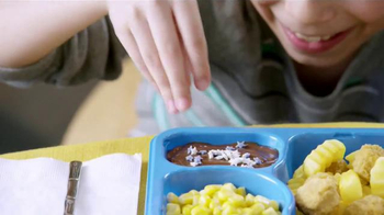 Kid Cuisine Snowstorm Popcorn Chicken TV Spot, 'Paper Snowflakes' - Thumbnail 10