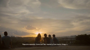 Corona Extra TV Spot, 'Golden Hour' Song by Jesse Woods - Thumbnail 10