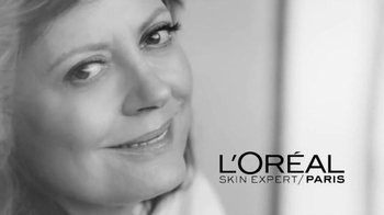 L'Oreal Paris Age Perfect Eye Balm TV Spot, 'Outlook' Feat. Susan Sarandon - Thumbnail 4