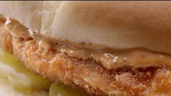 7-Eleven Chicken Sandwich TV Spot, 'Bite' - Thumbnail 2