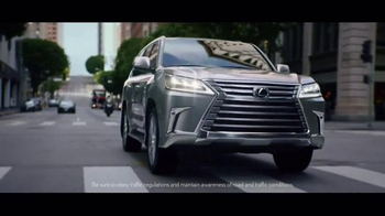 Lexus Golden Opportunity Sales Event TV Spot, 'Hands: Customer Cash' - Thumbnail 5