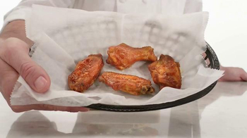 Arby's Buffalo Chicken Sandwich TV Spot, 'Fly' - Thumbnail 1