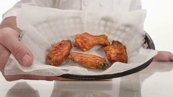 Arby's Buffalo Chicken Sandwich TV Spot, 'Fly' - Thumbnail 3