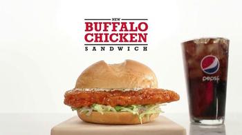 Arby's Buffalo Chicken Sandwich TV Spot, 'Fly' - Thumbnail 8
